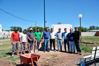 Avanza la construcción de la Plaza René Favaloro en el Barrio Procrear I