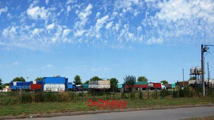 Transportistas de cereales protestaron por el pago de la tarifa en Rutas 5 y 30
