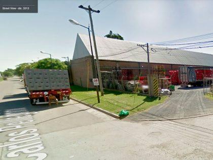 Dos menores de 14 años fueron detenidos por robar en una distribuidora de bebidas