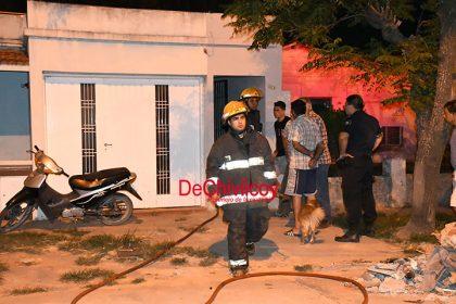 Fueron convocados los Bomberos por incendio en una vivienda [VIDEO]