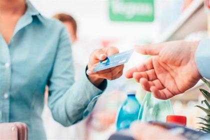 Desde mañana, todos los comercios deben aceptar débito o pagos electrónicos