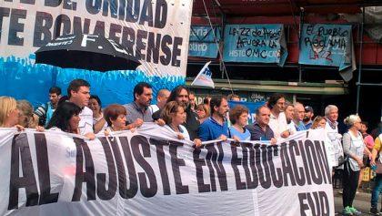 Masiva movilización de los docentes bonaerenses en Capital