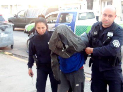 Un detenido por lesiones con arma blanca y robo de motocicleta