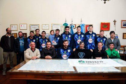 El ascenso de Racing Club fue reconocido por el intendente