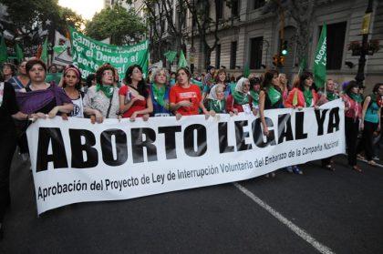 El proyecto de aborto legal ingresó al Senado