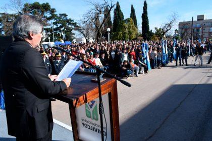 En la Plaza Belgrano se realizó el acto oficial por el Día de la Bandera