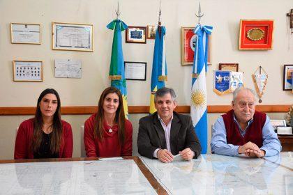 La Municipalidad entregó el primer aporte de 35 mil pesos a la Escuela de Servicio Social