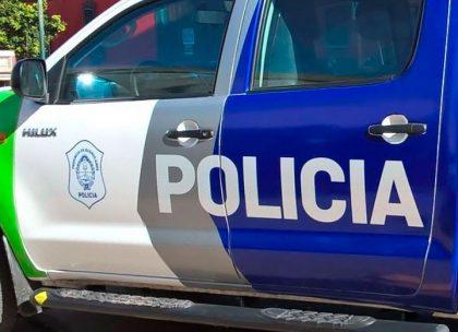 Colisión entre un móvil policial y una motocicleta