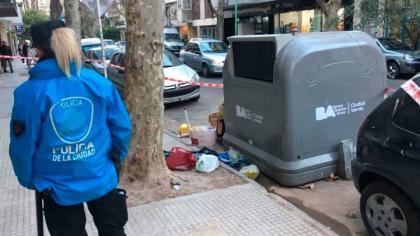 Horror en Recoleta: hallan muerto a un bebé en un contenedor