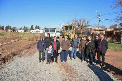 26 nuevas cuadras de piedra caliza para el Barrio Rigone