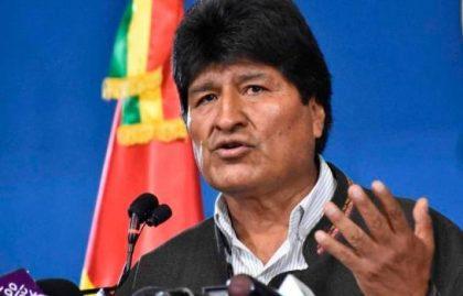 <span style='color:#f000000;font-size:14px;'>INTERNACIONALES</span><br>Renunció Evo Morales