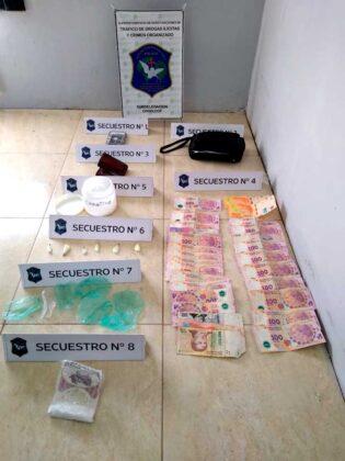 <span style='color:#f000000;font-size:14px;'>POLICIALES</span><br>Secuestran importante cantidad de cocaína y detienen a una persona en un allanamiento