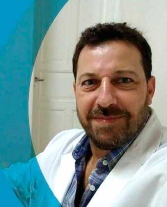 """<span style='color:#f000000;font-size:14px;'>SALUD</span><br>Rogelio Arabia: """"Los controles para prevenir el cáncer de próstata deben hacer al menos una vez por año a partir de los 45 años"""""""